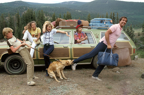 Clark Griwsold & Family with station wagon in Vacation movie